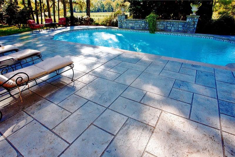 Installing Anti Slip Decorative Concrete Pool Decks